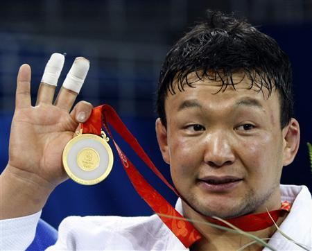 Gold medalist Tuvshinbayar Naidan
